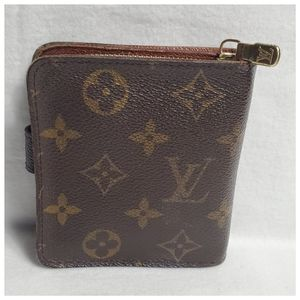 Louis Vuitton Bags - Authentic Preowned LV Multipocket Wallet